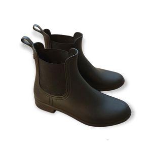 ALDO classic black vegan Chelsea boot